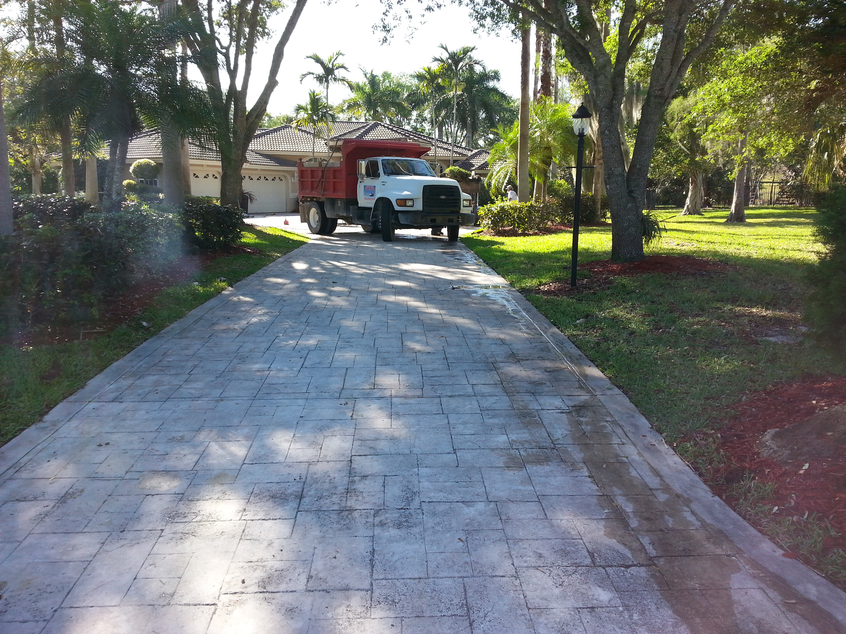 Very Best Driveway Restoration (Painting/Sealing) 3264 x 2448 · 3890 kB · jpeg